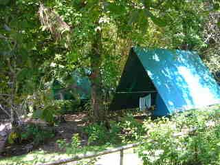 Corcovado_tents